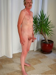 Straight mature man relaxing and jerking off