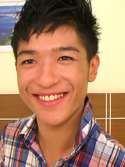 Cute Asian boy Omn Namhot get played up and and his smooth body oiled