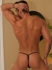 Paul Powerhouse shows off his great body