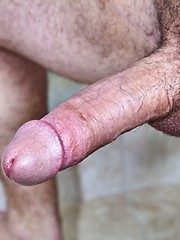Cock-hungry stud sucking hot dick for cum