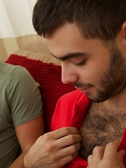 Josh Long is back on CircleJerkBoys.com and joinging him is cute new commer Joey Cooper