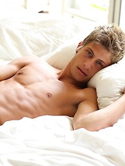 Fall in love with horse hung hottie Jack Harrer all over again as this weeks Pin-Up