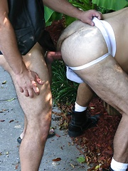 Rod leads JW to the deck where he begins to deep throat his tasty cock