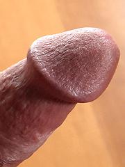 Vinnie Mark loves to stroke before cameras