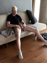 Blonde boy Chris King solo masturbation