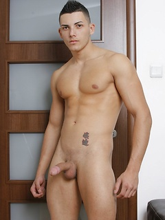 gay model Alex Price